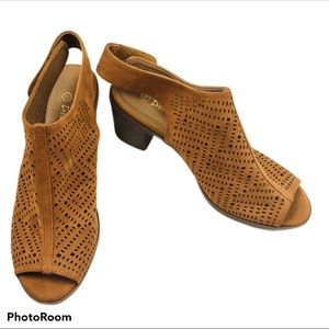 Dream Pairs Suede Peep Toe Shoes Sz10